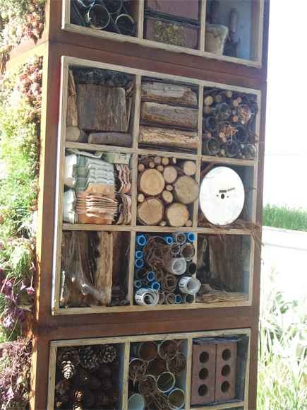 A trendy wildlife tower is a great way to recycle materials