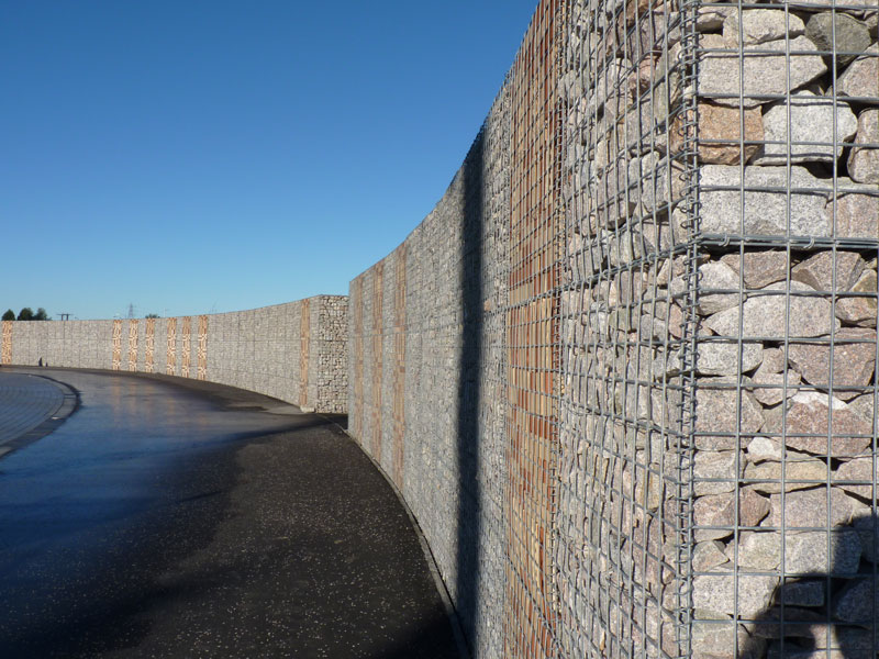 The gabion basket wall