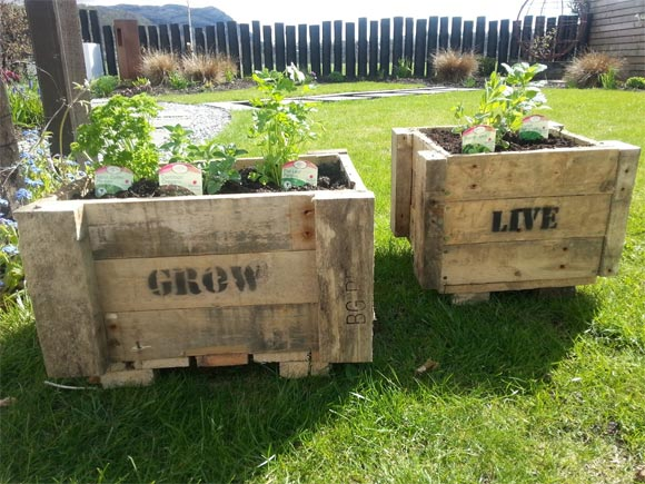 Personalised, bespoke upcycled pallet planter