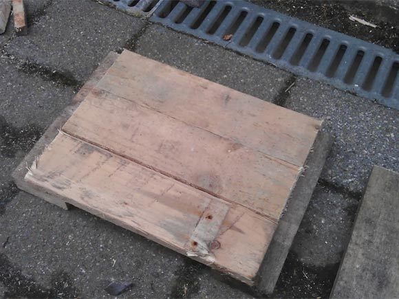 Start cutting down your pallet to size