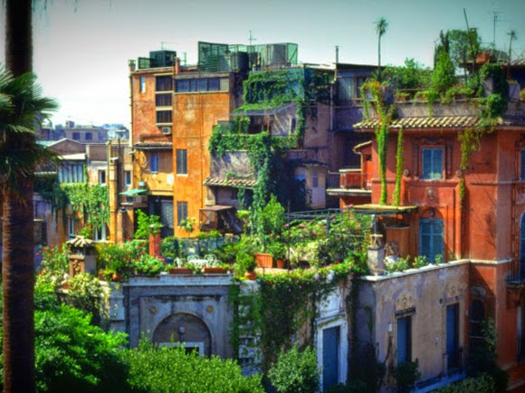 Roof gardens in Rome