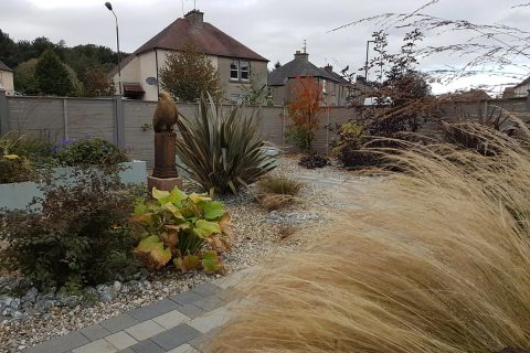 The new contemporary front garden