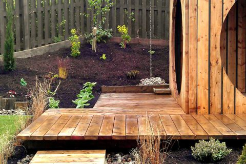 Floating steps lead up the garden pod