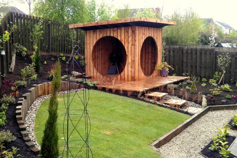 The garden pod makes a strong statement