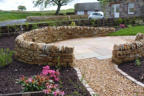 The new dry stone dyke complements the surrounding countryside