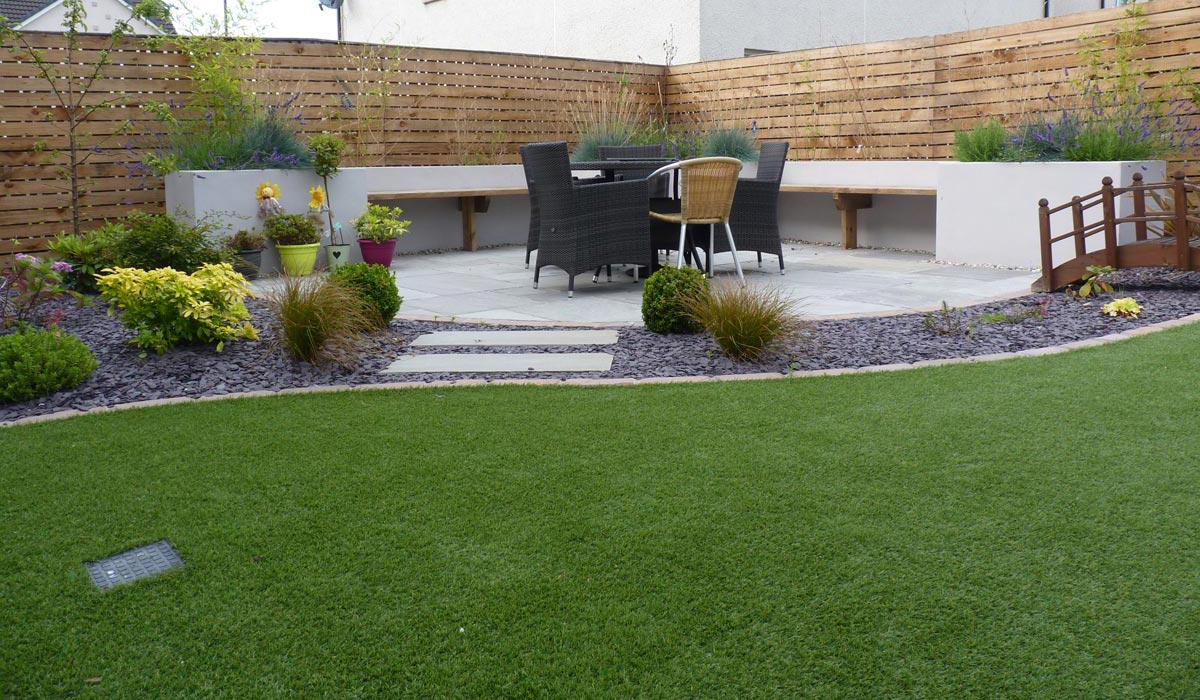 A modern family garden vialii garden design for Large garden ideas uk