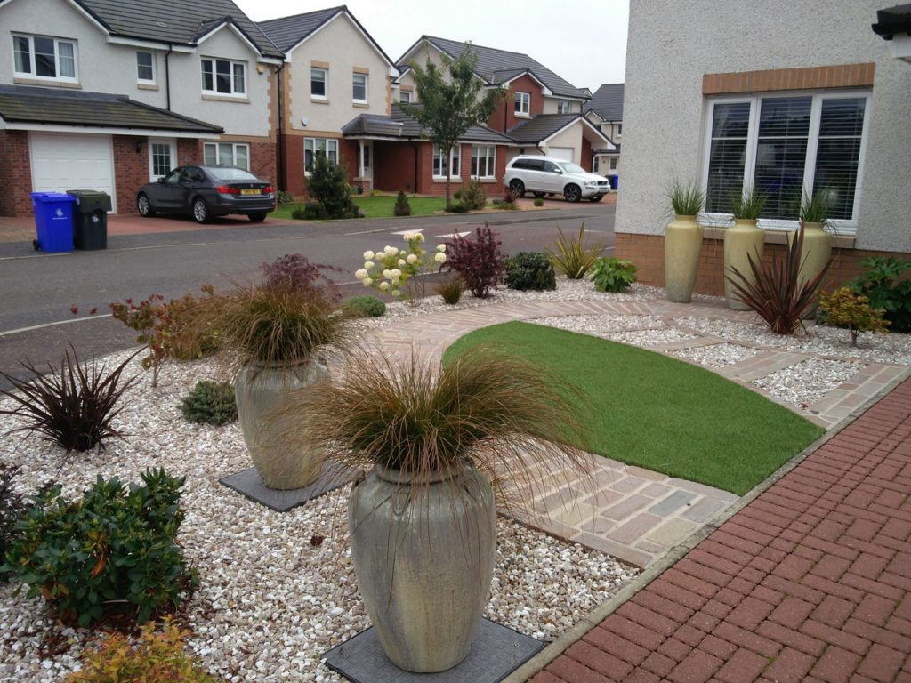 Low maintenance front garden