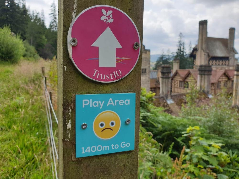 Clever signage at Cragside