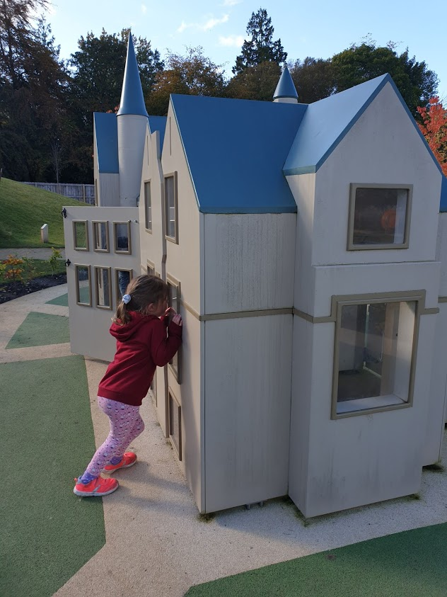 A mini Brodie Castle or a giant Tilda??