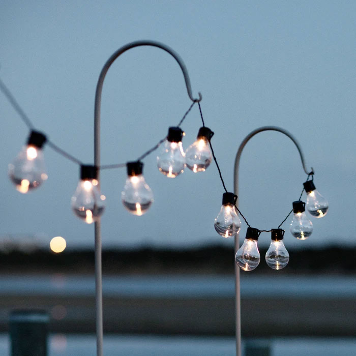 Solar fairy lights are easy to install