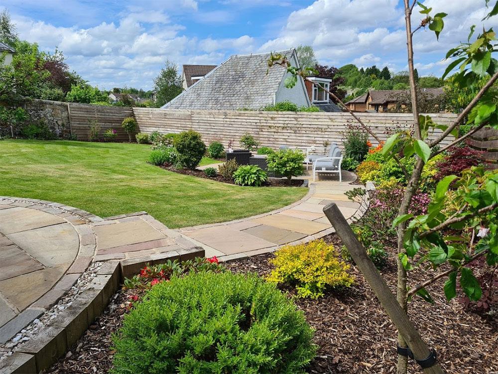 relaxing garden in dunblane